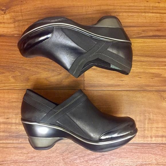 Jambu Shoes - Jambu Women's Sports Wedge Clogs